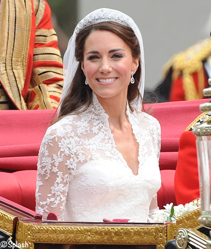 Kate Middleton Royal Wedding in Carriage Smiling April 29 2011 Cartier Tiara