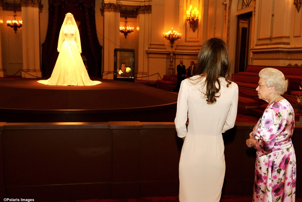 Kate Middleton Queen Wedding Gown exhibit