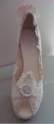 Kate Middleton wedding shoes Archives - What Kate Wore