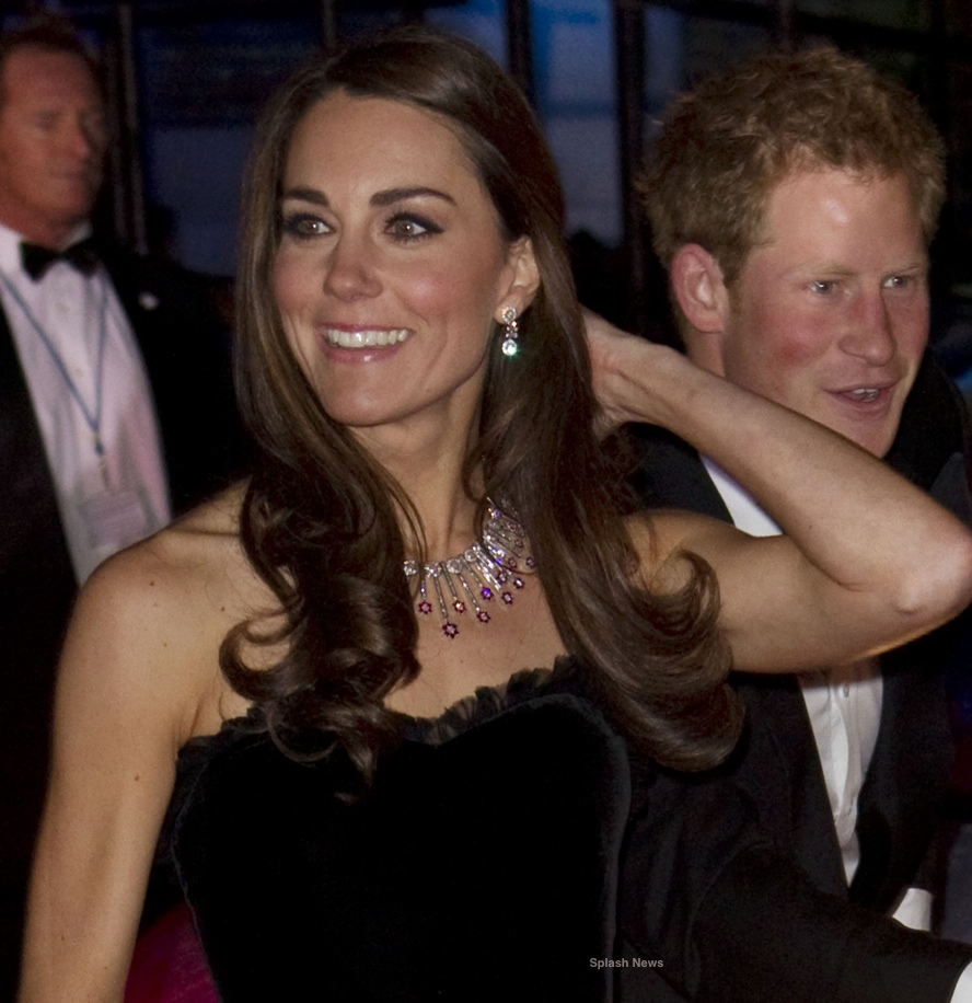 Kate middleton Black Velvet McQueen Gown