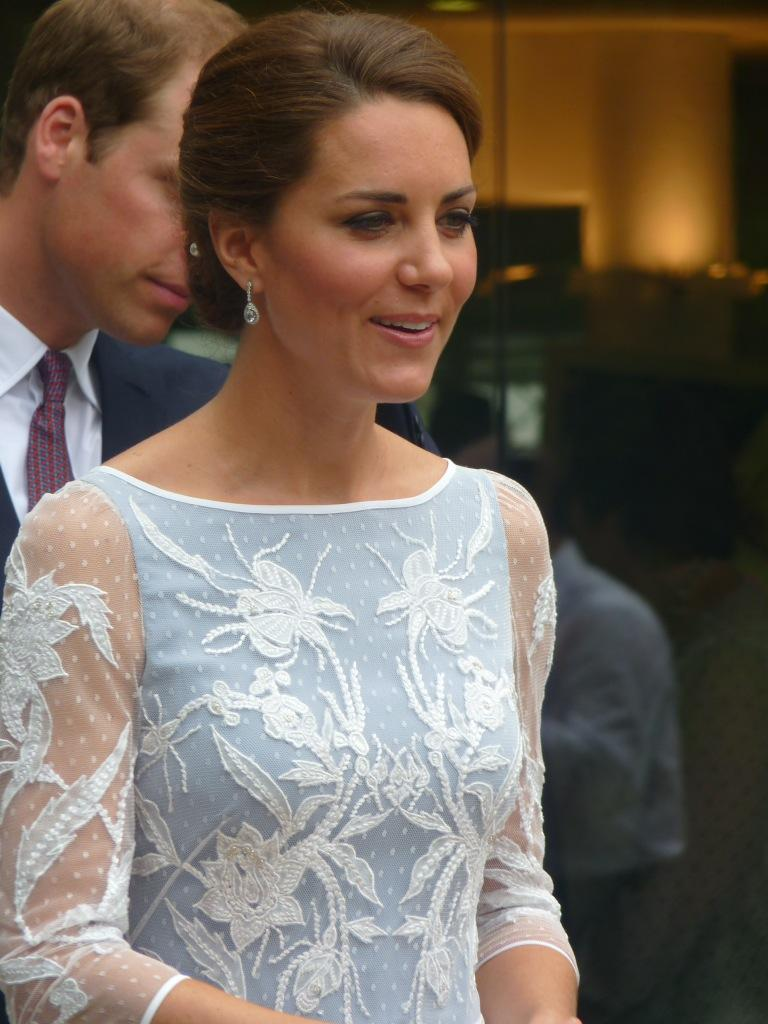 kate in icy blue temperley for tea  on to the rainforest