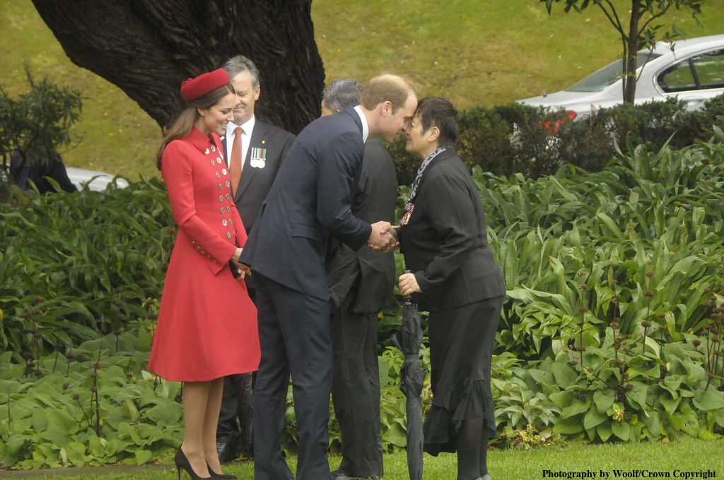 William Kate Middleton Red Cath Walker Hongi
