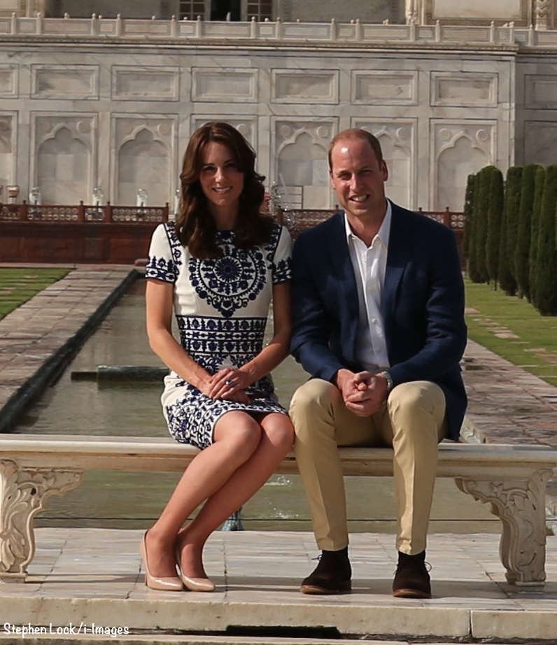 Live Blog Kate William At The Taj Mahal What Kate Wore