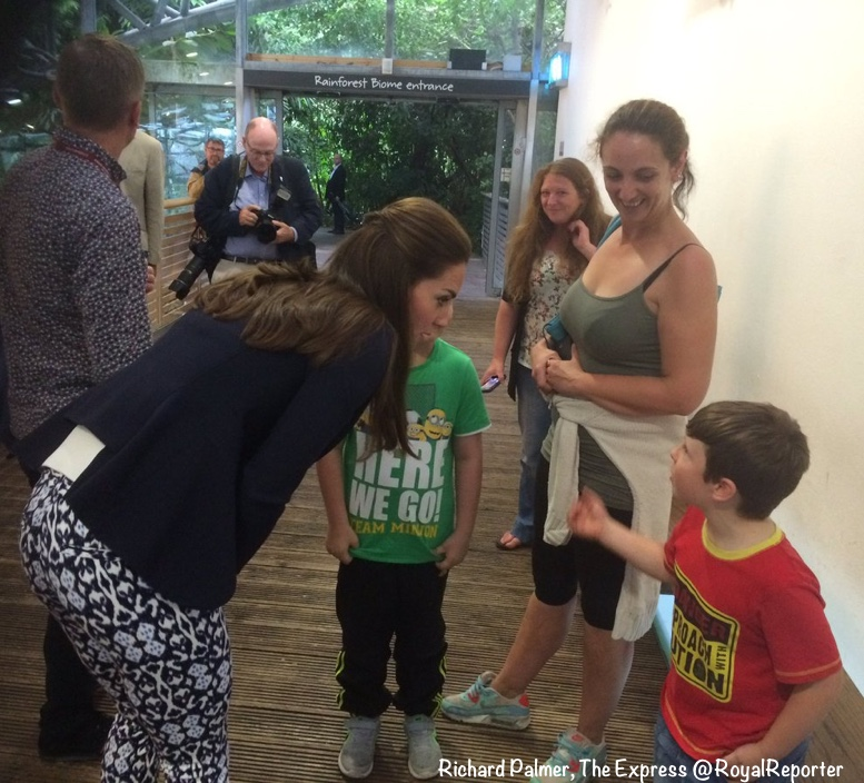 Kate Eden Prject Speaking with Child Smythe ONe Button Blazer Cutout Visible Sept 2 2016 via Richard Palmer