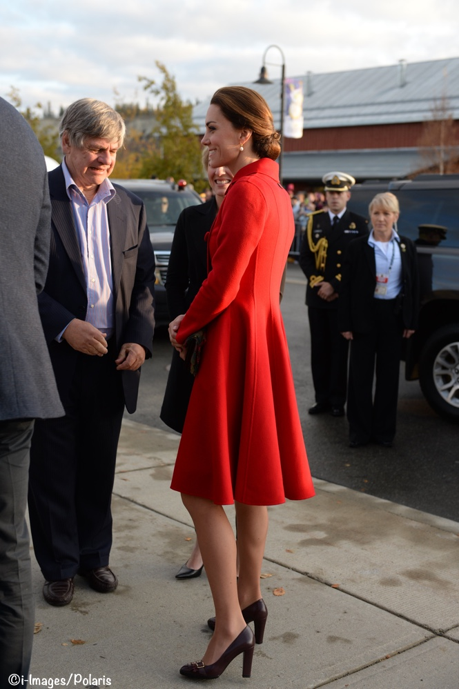 a9e792292207 A Return to Red for the Duchess as She Debuts a Carolina Herrera ...