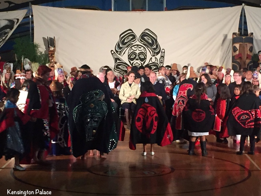 kate-william-watching-heiltsuk-first-nation-welcome-ceremony-sept-26-2016-via-kp
