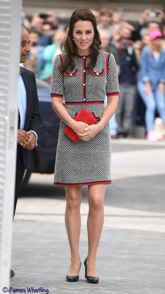 The Ss Wears Gucci At V A And Kate In New Bbc Doentary