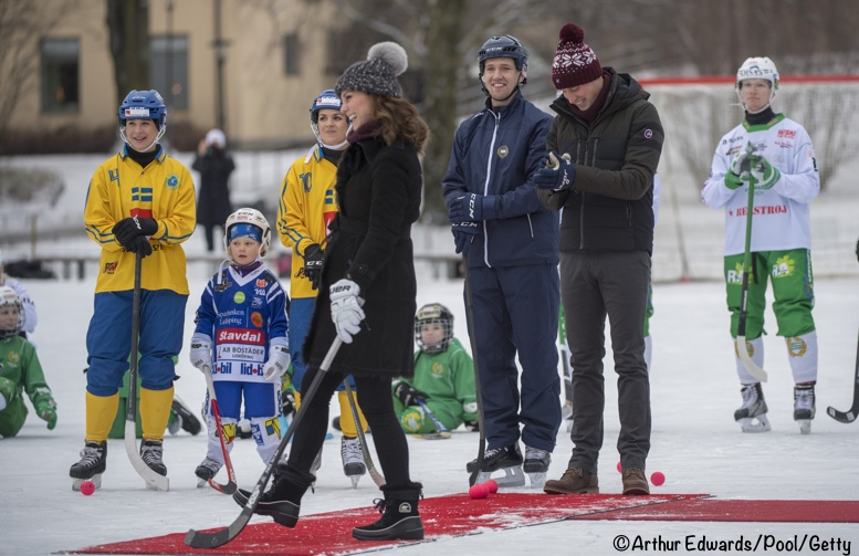 Kate in Burberry and Fjällräven for Bandy Hockey in Sweden - What ... 3c5aed5934cf