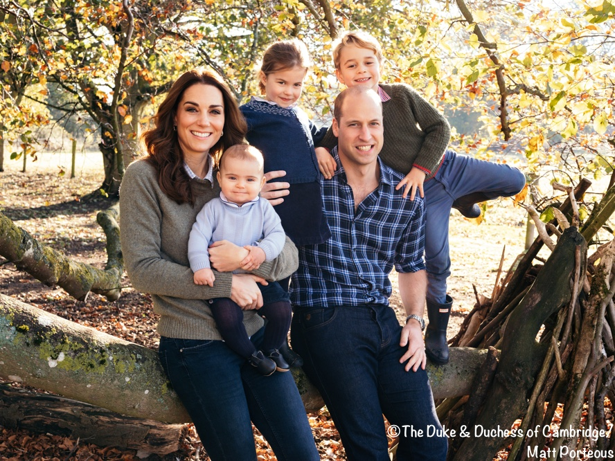 The New Cambridge Christmas Card Photo Is Outstanding What Kate Wore
