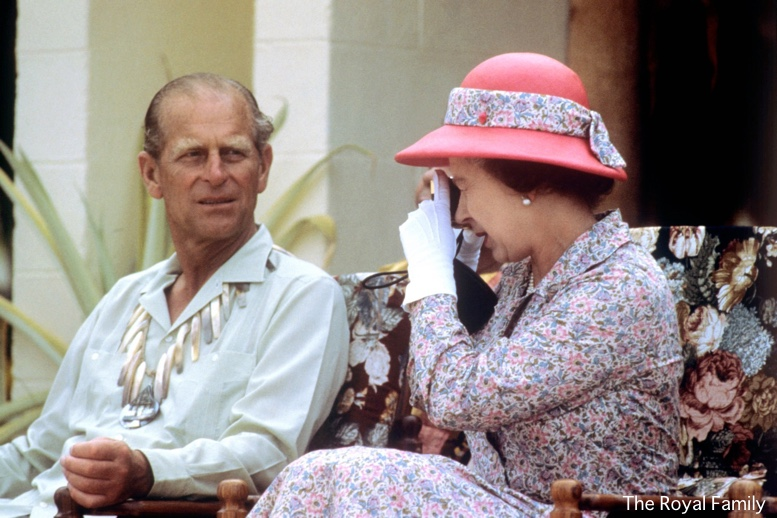 Queen-Elizabeth-with-Camera-Prince-Philip-Vintage-Picture-via-TRF-June-25-2019-Royal-Photographic-Society.jpg